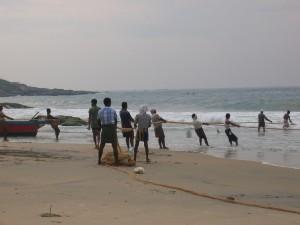 154 pêcheurs au filet