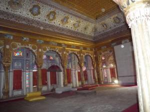 24 une salle du palais