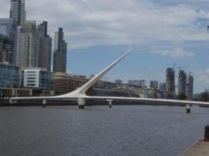 Buenos Aires El Puente de la Mujer , emblème de la ville