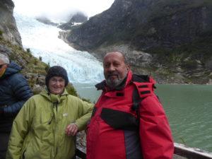 Devant le glacier Serrano