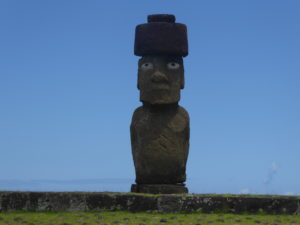 Le seul Moai de l'île qui a encore ses yeux