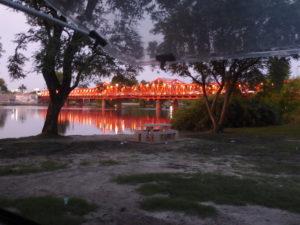 Le pont sur le Rio