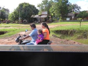 Ils sont presque toujours 3 sur la moto