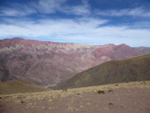 Hornocal , la montagne aux 14 couleurs
