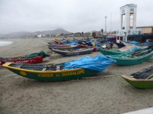 bateaux de pêcheurs à Cerro Azul