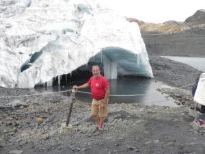 Robert devant le glacier