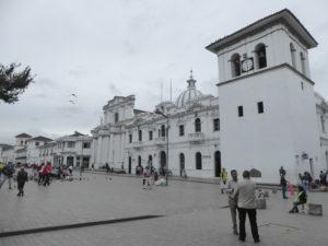 La Cathédrale et la tour de l'horloge