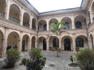 ancien monastère servant aujourd'huid'université