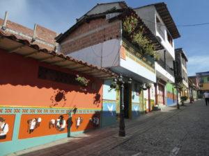 une rue de Guatapé