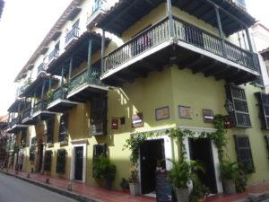 bâtiments coloniaux