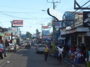 Ahuachapán ville bien encombrée