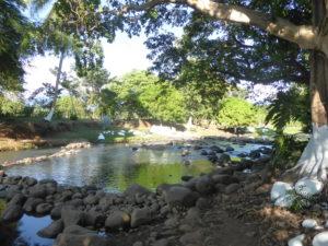 bivouac au bord de la rivière