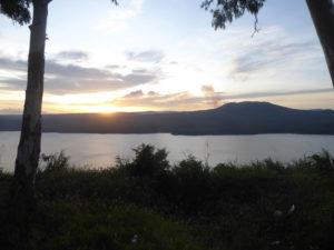 lac et volcan Masaya