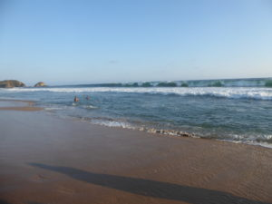 impossible de se baigner les vagues sont trop grandes